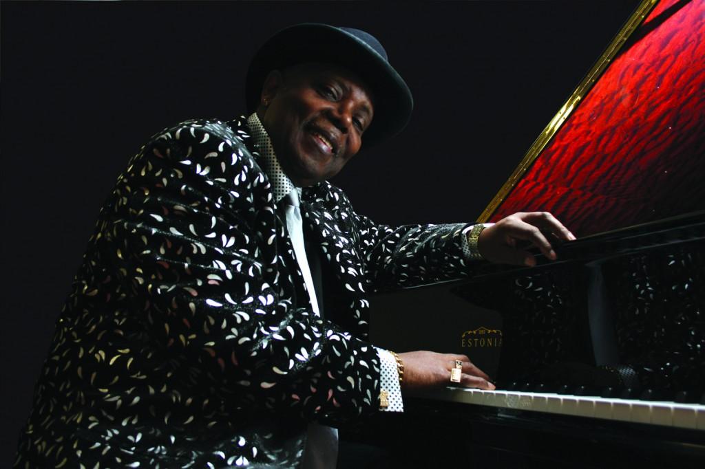 "Блюзовый пианист Кenny ""Blues Boss"" Wayne"